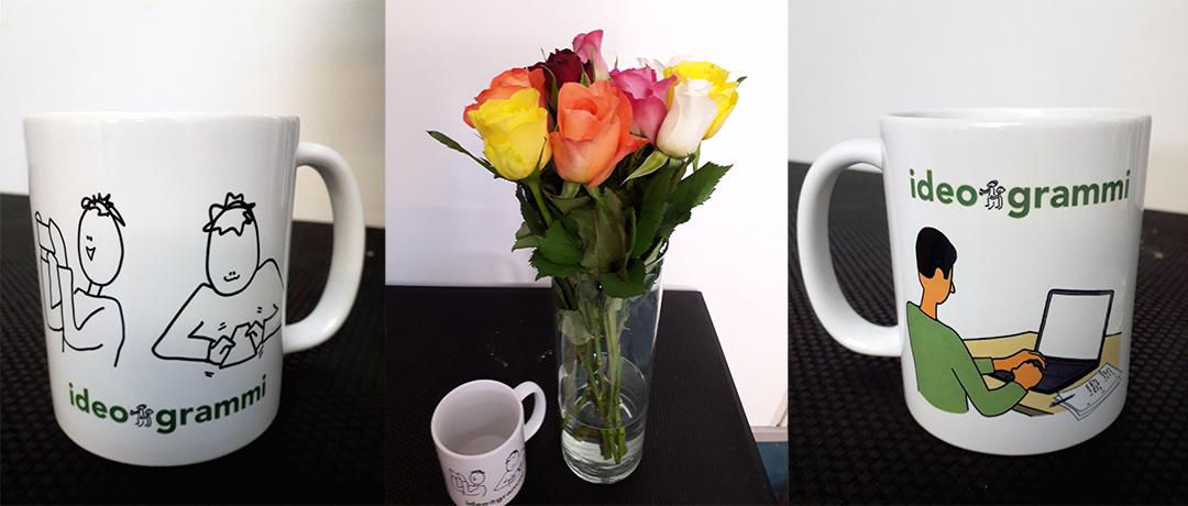 Ruusuja ja kahvikuppeja pöydällä